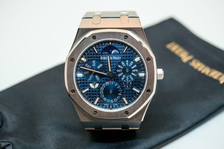 Hands-On: A First Look At The Audemars Piguet Royal Oak RD#2 (With Exclusive Live Pics)