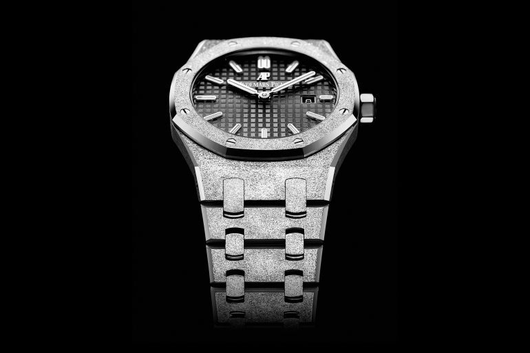 Introducing: The Audemars Piguet Frosted Gold Royal Oak With Two New Dial Colors