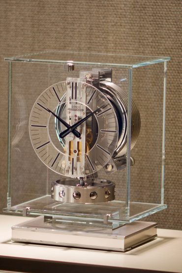 Introducing: The Jaeger-LeCoultre Atmos Transparente (Live Pics & Pricing)